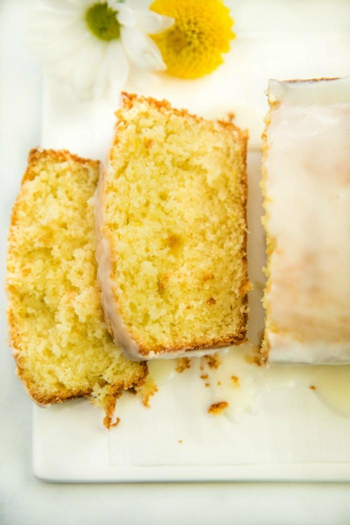 rezepte mit joghurt saftiger zitronenkuchen kuchen mit zitronen sommerdesser nachtisch lecker