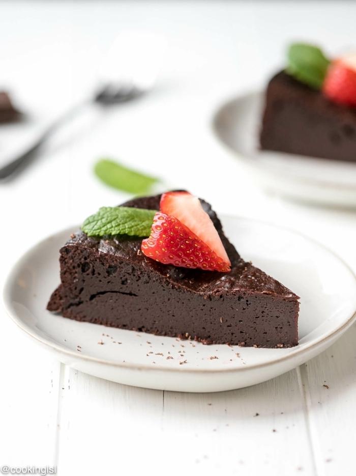 schokokuchen ohne zucker zuckerfreier kuchen mit schokolade schokoladenkuchen mit erdbeeren einfache kuchenrezepte
