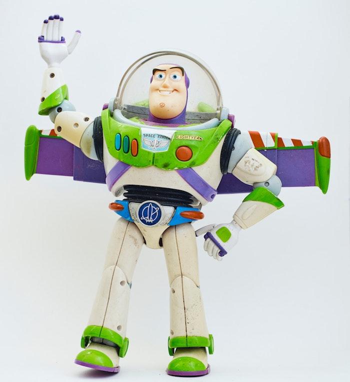 toy story auswahl des passenden spielzeugs für ein kind ein spielzeug