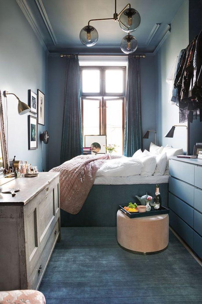 tumblr zimmer ikea wandfarbe vintage retro schrank hohes bett weiße bettwäsche kleines zimmer einrichten größer aussehen lassen interior design inspiration