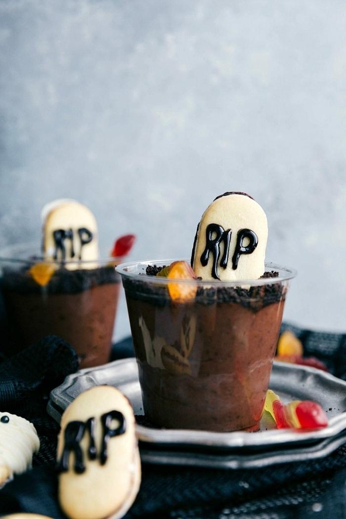 0 halloween rezepte für kinderparty schokoladenmouse grab schnelle zubereitung tolle partyrezepte