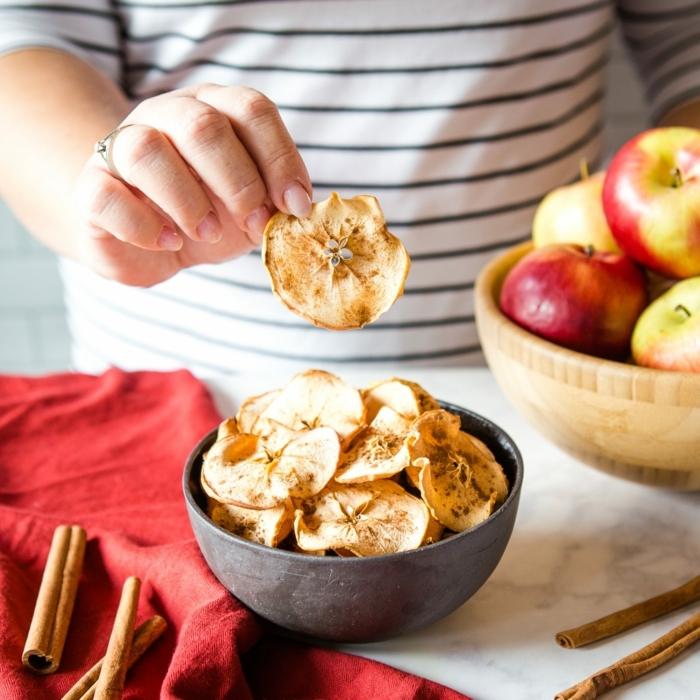 1 chips selber machen aus äpfeln selbstgemachter gesunder apfelchips partyessen ideen fingerfood picknick essen