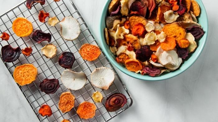 1 chips selber machen gesunde gemüsechips mit wenig kalorien süßkartoffeln rote beete zuchini schnelle zubereitung