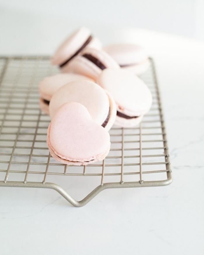 1 macarons rezept einfach makaronen selber machen creme mit schokolade valetinstag geschenke aus der küche