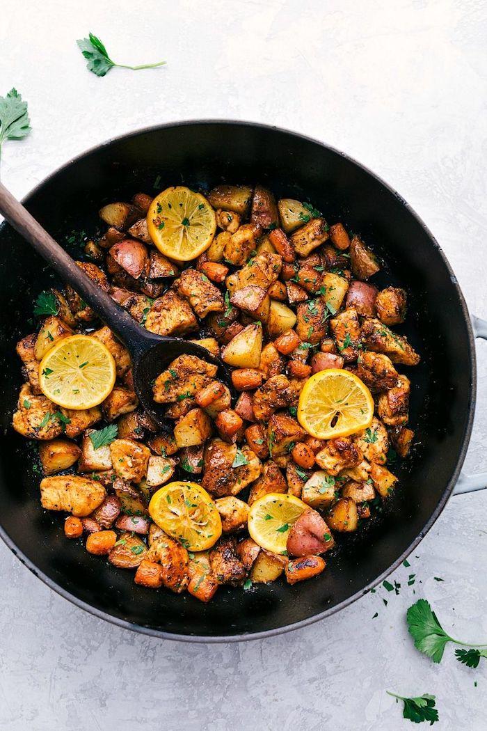 2 leckeres gericht aus hühnchen und kartoffeln mit babykarotten gesundes abendessen zum abnehmen gesunde und leckere gerichte