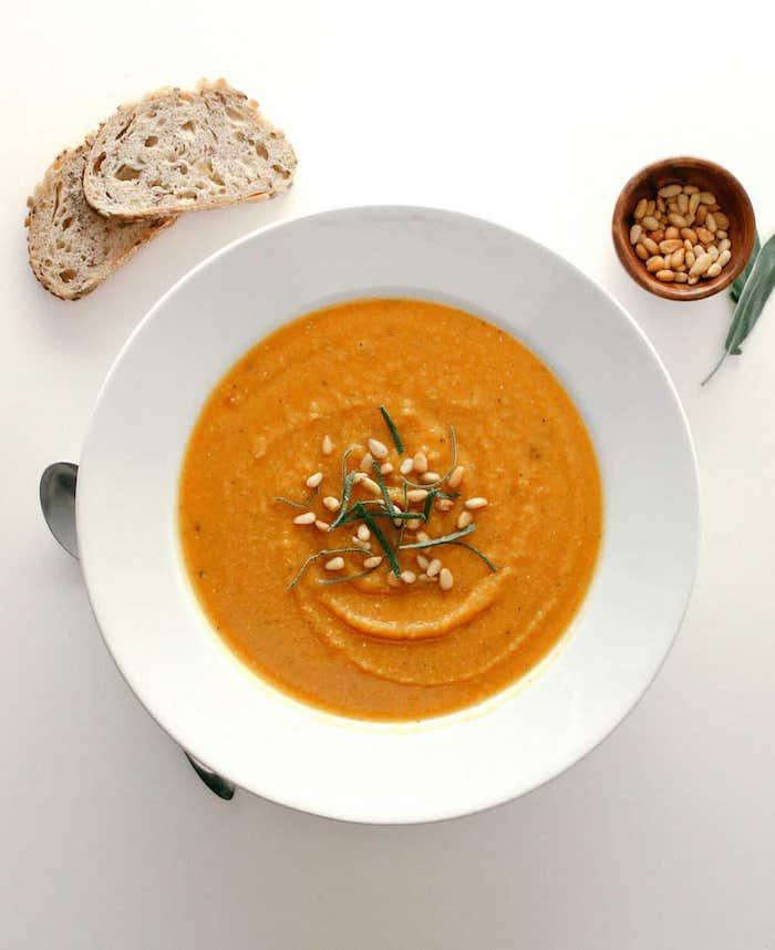 3 suppe butternusskürbis mit roten linsen salbei rezepte mit wenig kalorien die satt machen wie nehmen gesund ab leckere gerichte kochen