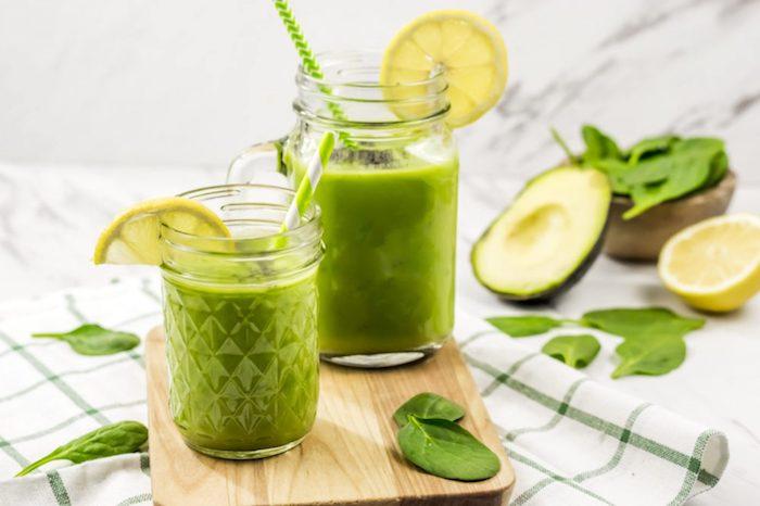 avocado spinach smoothie final 3