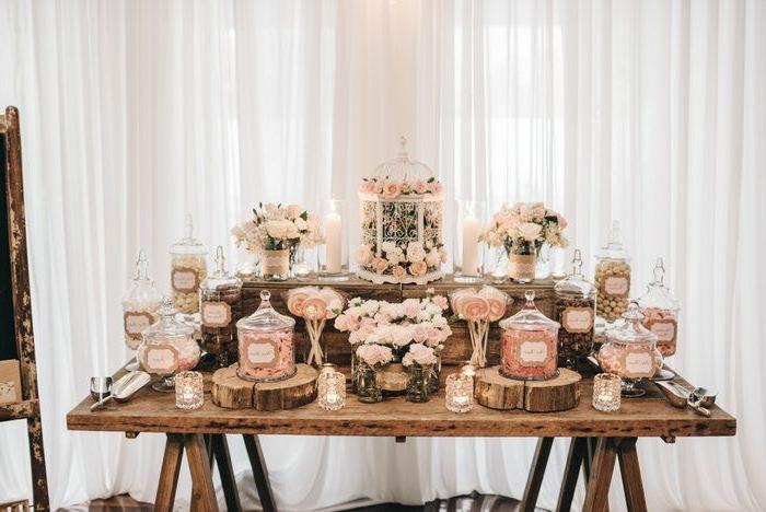 candybar ideen candy car in rustikalem stil tisch aus massivholz hochzeitsdeko süßigkeiten für die gäste