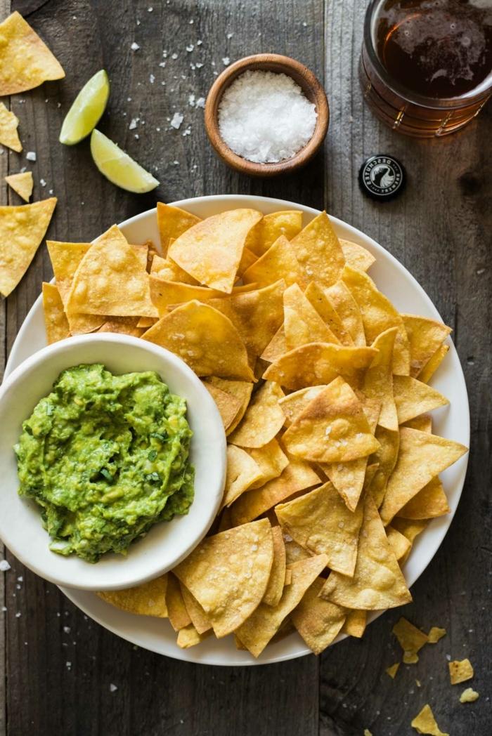 chips selber machen backofen tortillachips mit soße gebackene kartoffelchips partyfood einfach