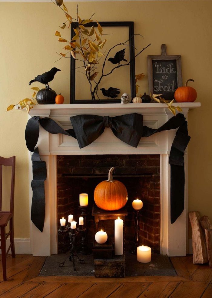 deko innen selber machen halloween kürbis kerzen kamine gruselig