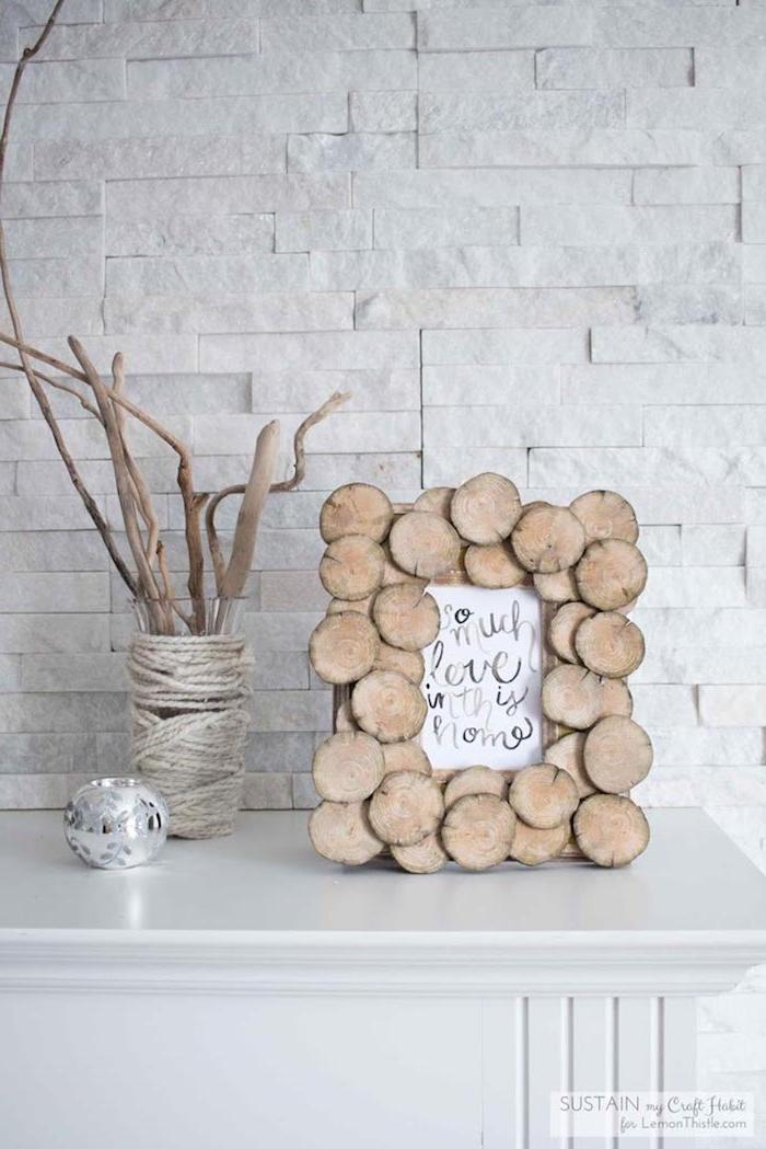 deko mit holzscheiben ideen zum geschenk kleine holzscheiben bildrahmen