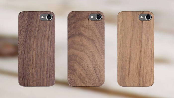 drei apple iphones nachhaltige geschenke für frunde smartphones mit handyhüllen aus holz