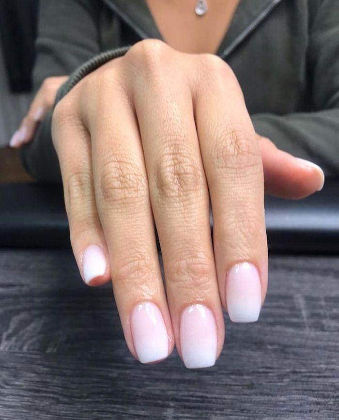 elegantes nageldesign idee und inspiration gelnägel babyboomer ombre rosa weiß farbe french fade nägel trend