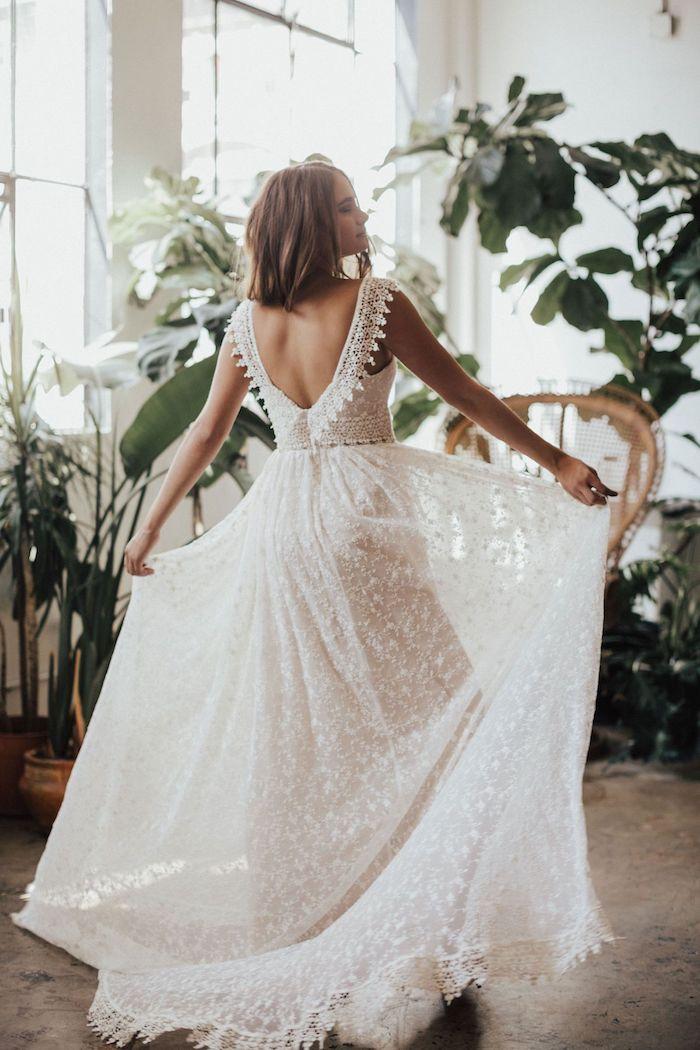 fliesendes rückenfreies langes hochzeitskleid mit spitze kleid mit hoher taille boho chic stil