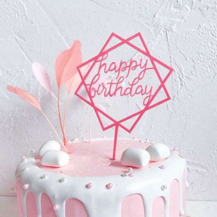 geburtstagstorte für mädchen 14 jährige mädchen drip cake geometrische tortentoppers marshmallows rosa creme tortendeko ideen
