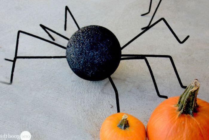 gespenster basteln spinne tischtennisball selber machen schwarz
