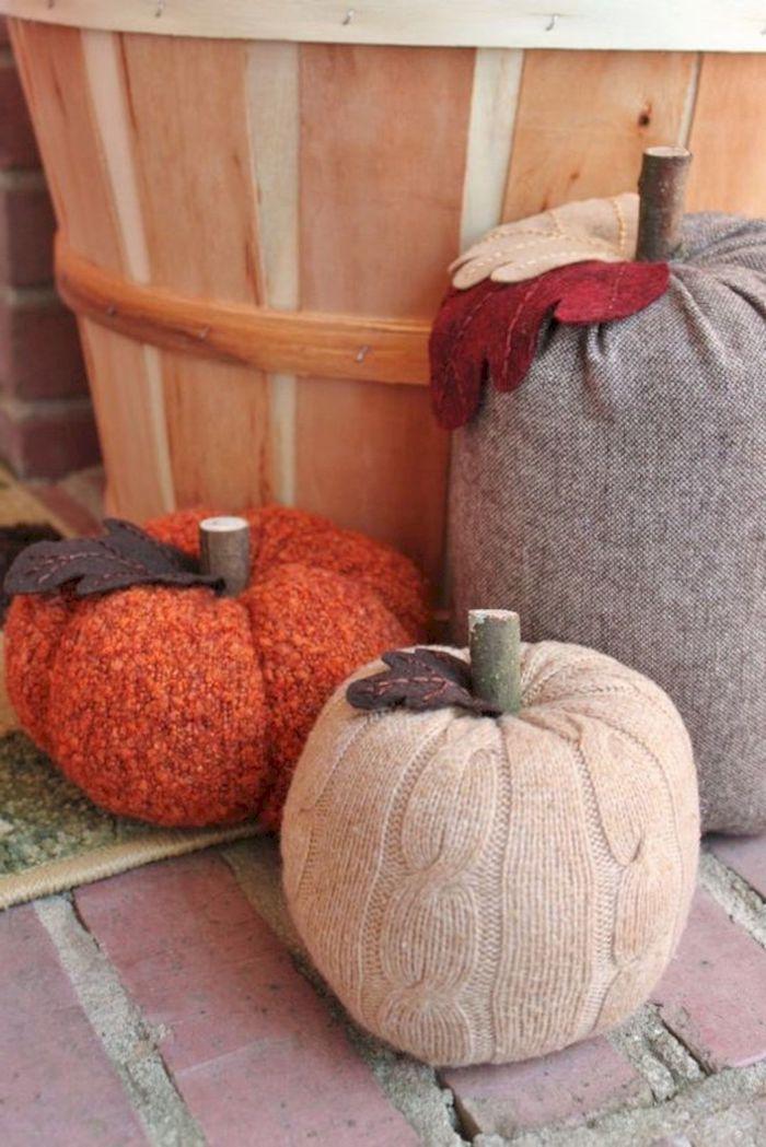 halloween deko selber machen für draußen aus alte kleidung diy