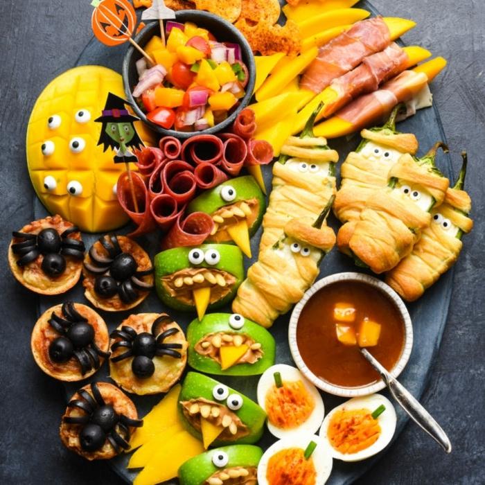 halloween essen party kinderparty organisieren schnelle und eifnache snacks partyessen ideen