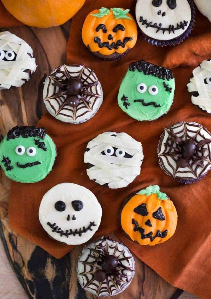 halloween rezepte kinder cupcakes dekorieren gruselige deko muffins mit schokolade schokoladenmuffins