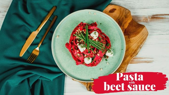 halloween rezepte und ideen thematisches essen gericht mit pasta und roter bete