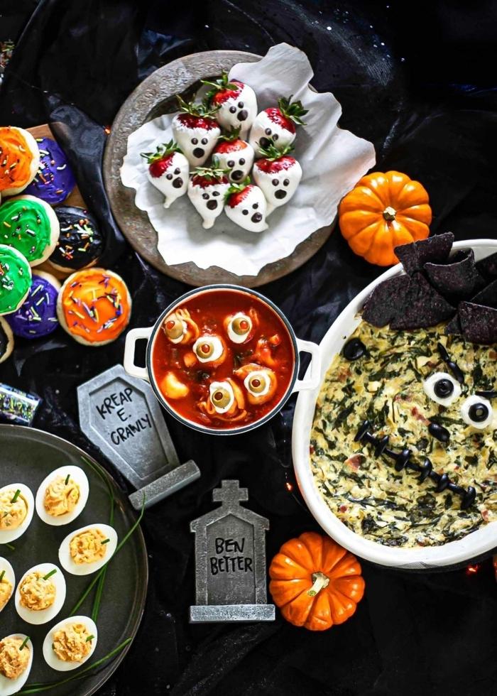 halloween snacks ideen partyessen für kinder kinderparty rezepte geiste erdbeeren gruselig