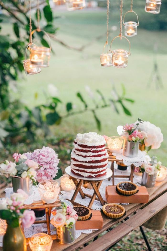 hochzeit candy bar hochzeitsfood nackes cake gartenparty gartendeko windlichter