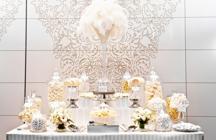 hochzeit candy bar tischdeko in weiß hochzeitsdeko ideen tisch deoration tischdekoration