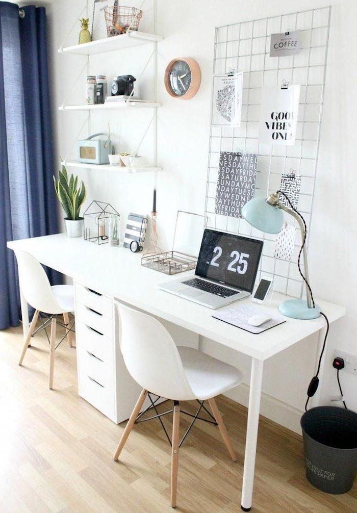 home office einrichten modern schreibtischstuhl skandinavisch weißer schreibtisch stühle holzbeine scandi innendesign minimalistisch