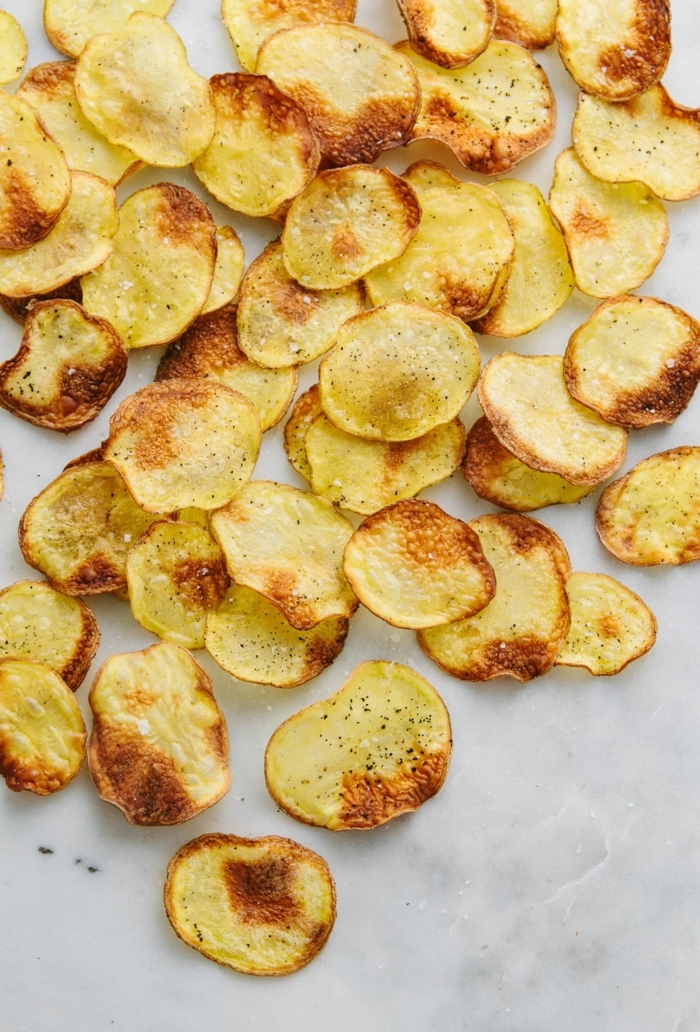 kartoffelchips selber machen backoffen chips aus kartoffeln zubereiten party essen ideen partyfood