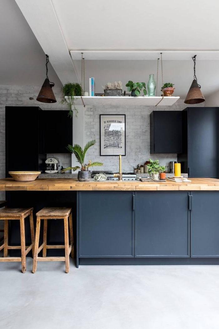 küche schwarz holz weiße wände inspiration 2021