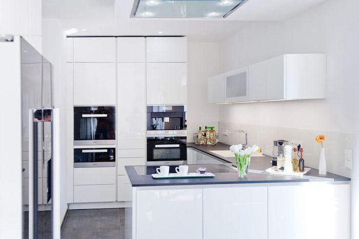küche weiß anthrazit g form arbeitsplatte aus stein