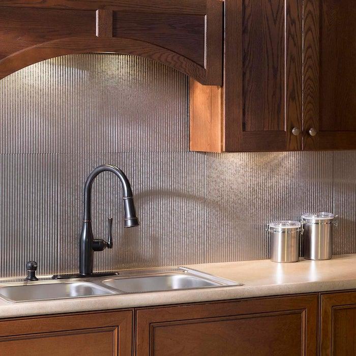 küchen inpiration 2021 modern schränke aus holz metal wasserhahn