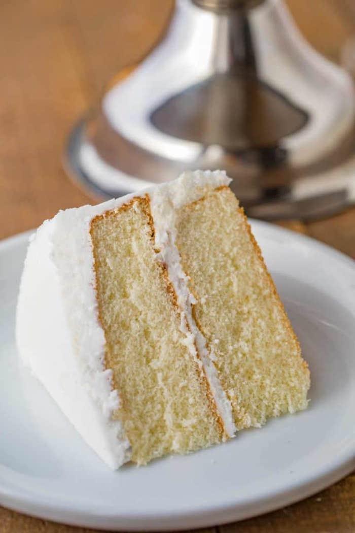 kuchen rezepte einfach und schnell mit wenig zutaten ein stück kuchen mit quark
