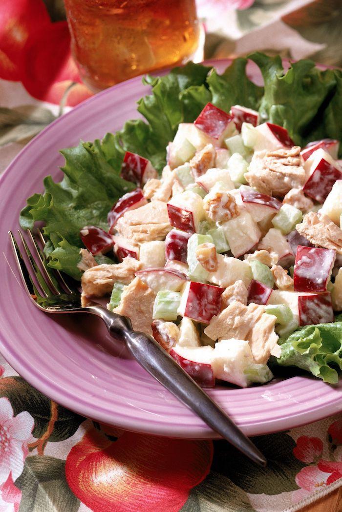 mittagessen ideen was koche ich heute gesund hühnchensalat mit roten trauben mandelblättchen griechischem yoghurt gesunde rezepte zum abnehmen