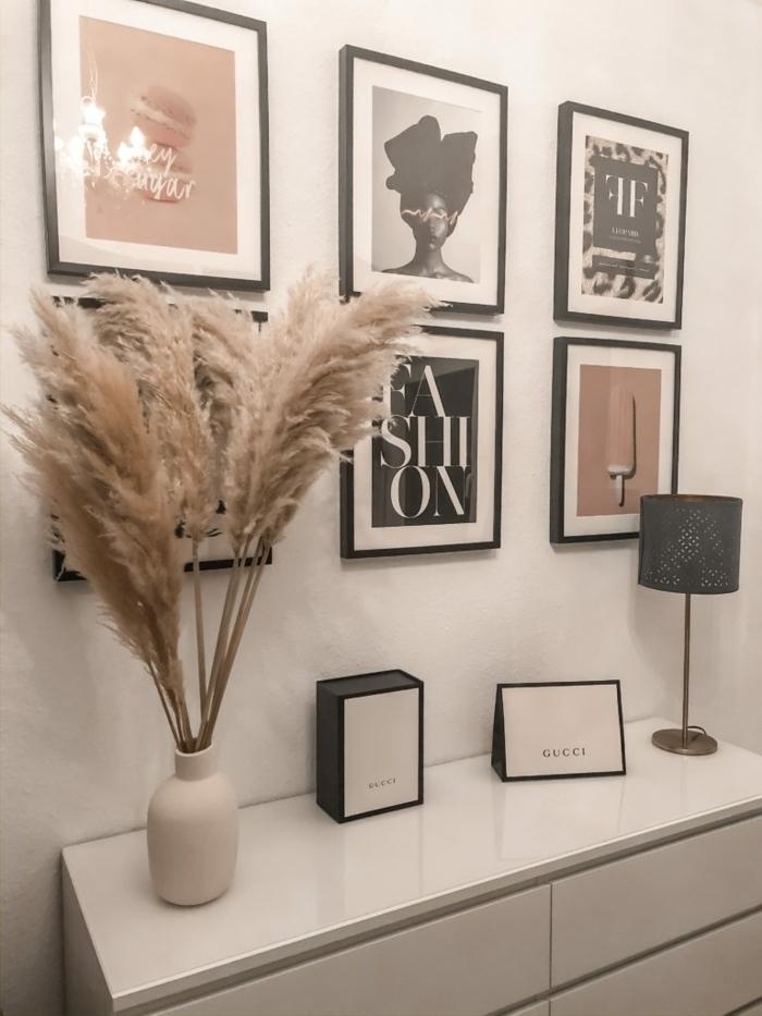 pampasgras deko bestellen weiße vase flur dekoreieren ideen für flurdeko trocknblumentrauß bilder