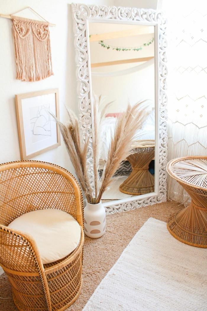 pampasgras getrocknet natur zimmerdeko skandi wohnen vase mit trockngras großer weißer spiegel
