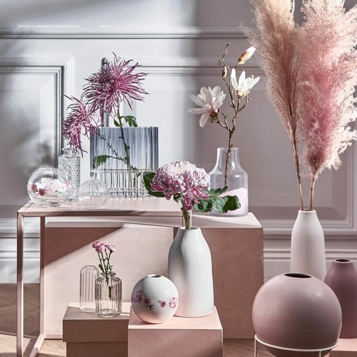 pampasgras rosa deko zimmer dekorieren vasen mit getrockneten blumen wohnungdeko beispiele