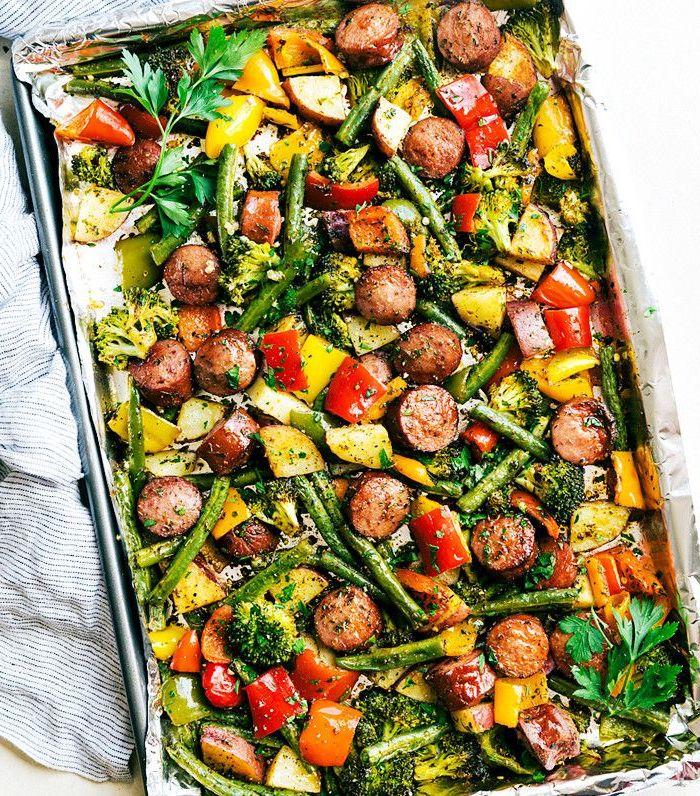 paprika rote kartoffeln brokkoli rote paprika grüne bohnen würstchen leichte gerichte zum abnehmen leckeres abendessen zubereiten ideen