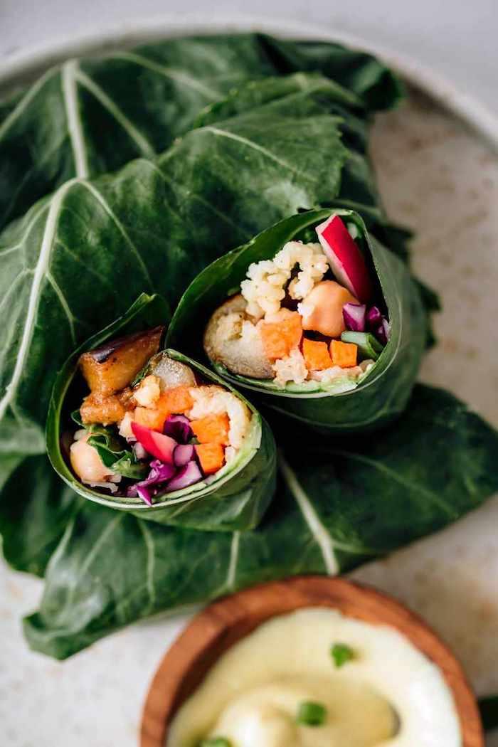 vegane gerichte zubereiten pflanzliche diät gerichte zum abnehmen leichte rezepte kohlblatt wraps mit hirse und gemüse gesunde ernährung