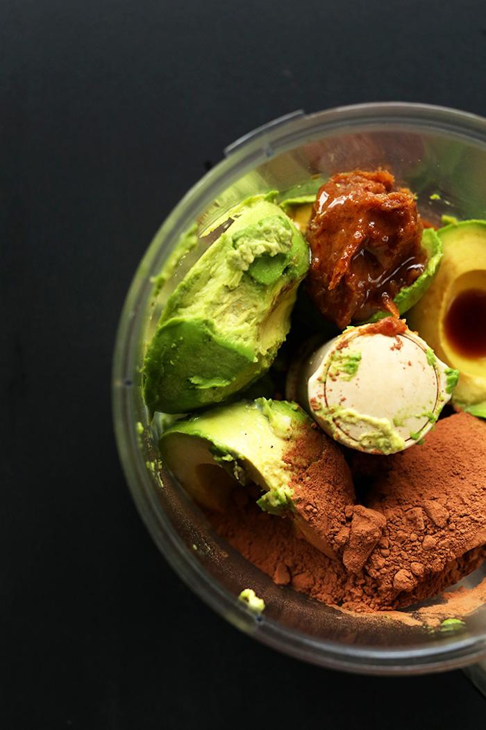 vegetarische gerichte für kinder schokopudding mit avocado und erdnussbutter lecker