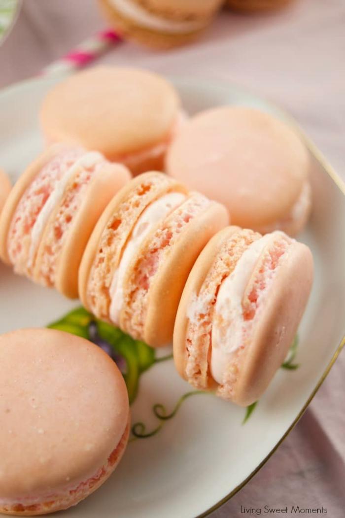was sind macarons makaronen mit pfirsich backrezepte ideen kleine gebäche gefüllt mit creme