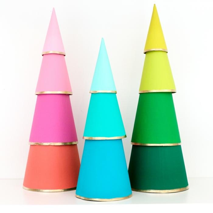 1 weihnachtsbasteln mit kindern tannenbäume selber machen papierbäume weihnachtsbäume aus papierkegeln ombre bunte farben