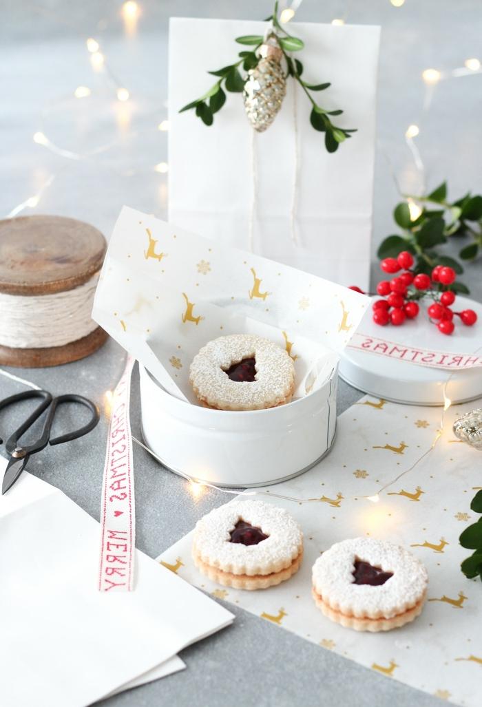 bastelideen für weihnachten zum verschenken selbstgemachte geschenke aus der küche weihanchtsplätzchen mit marmelade