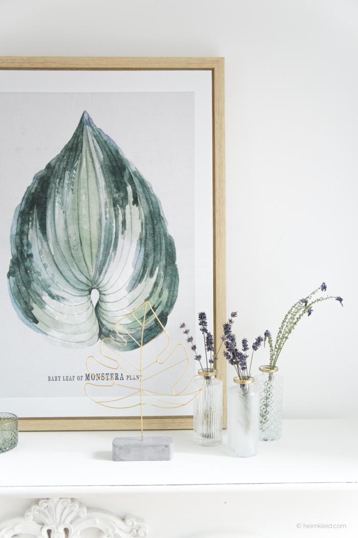 boho deko wohnen wandbild eukalyptus blatt mit holzrahmen weißer schrank