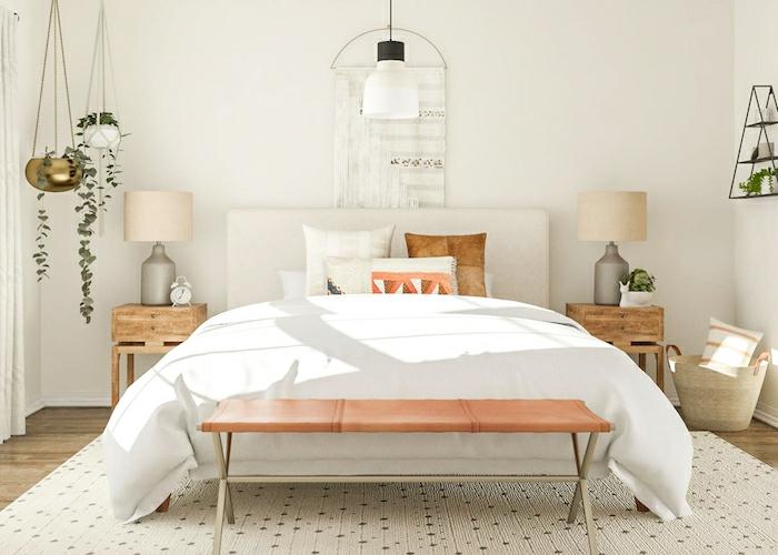 boho style schlafzimmer in weiß bettwäsche nachttische aus holz lampen weiß pflanzen