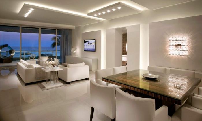 ein wohnzimmer tisch und led beleuchtung