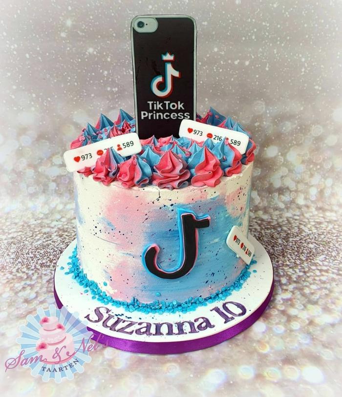 geburtstagstorte 10 geburtstag tiktok kuchen vanille blaue pinke farbe dekoration handy leckere torte inspiration