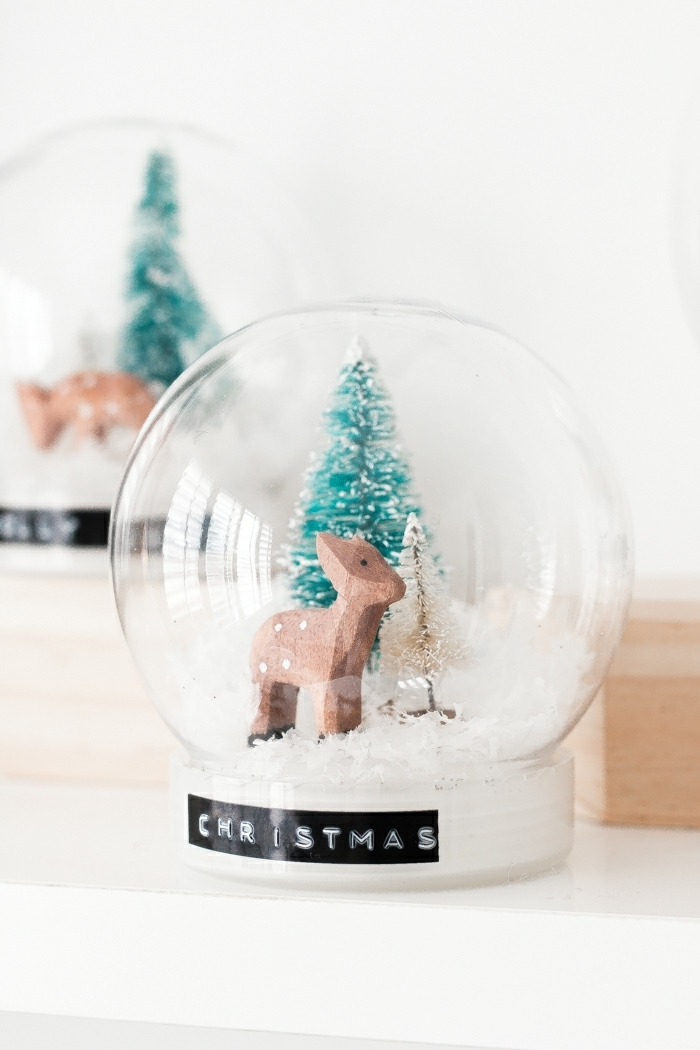 geschenke selber machen diy deko zu weihanchten weihanchtsdeko hirsch tannenbaum schneekugel tutorial