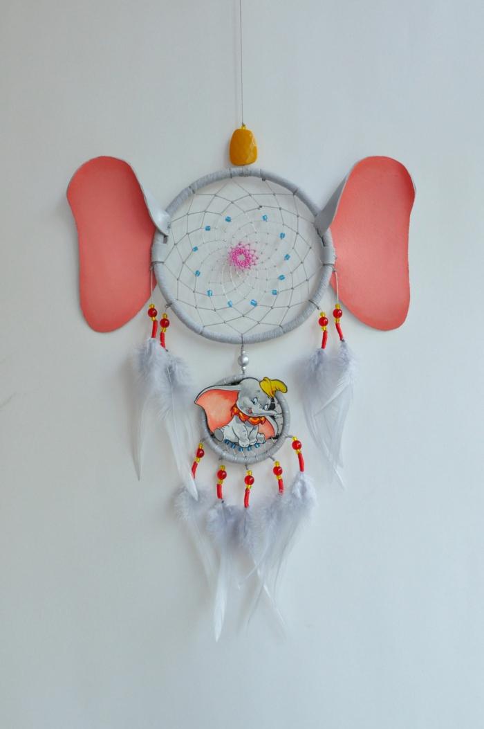 inspiration traumfänger selber basteln disney dumbo idee zimmer kind einrichten dekoration kreative ideen zum basteln