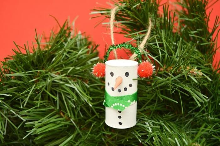 kreative bastelideen weihnachten schneemann selber machen grüner weihnachtsbaum modern diy dekoration schritt für schritt anleitung